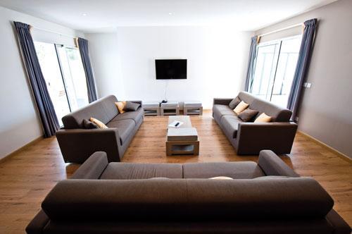 r sidence lagrange prestige les patios d 39 eug nie biarritz s jour pas cher. Black Bedroom Furniture Sets. Home Design Ideas
