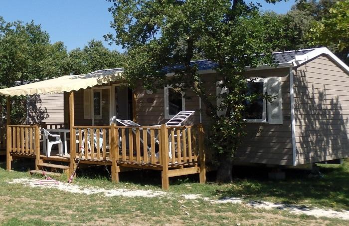 camping le garrigon grillon s jour pas cher. Black Bedroom Furniture Sets. Home Design Ideas