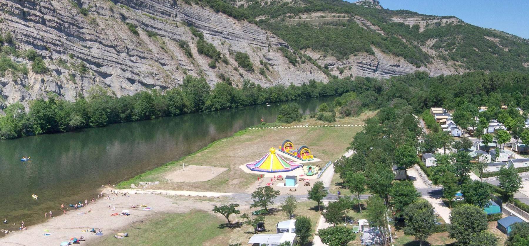 Camping la plage fleurie vallon pont d 39 arc s jour pas cher - Camping vallon pont d arc piscine ...