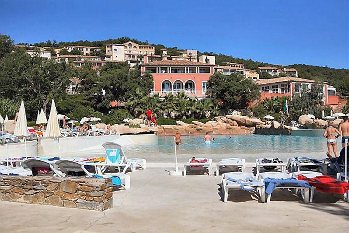Pierre vacances villages clubs les restanques du golfe de saint tropez grimaud port - Location port grimaud pas cher ...